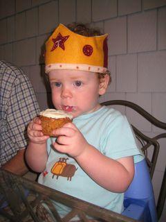 mmmm, cupcake (carrotcake cupcake)